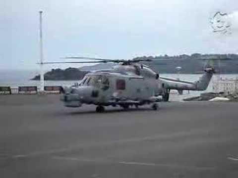 Royal Navy Lynx Take off  - Prep & Take Off!