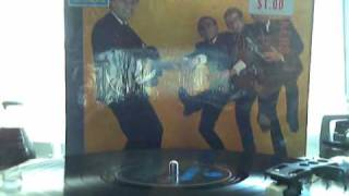 GERRY AND THE PACEMAKERS FIRST UK LP  SONG CHILI CHILI