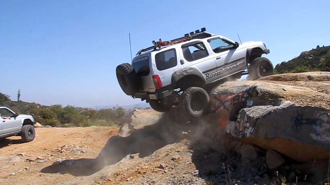 Nissan Xterra rock crawler - YouTube