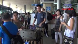 GIA DINH HO HONG VE THAM QUE HUONG VIETNAM 14-06-2014