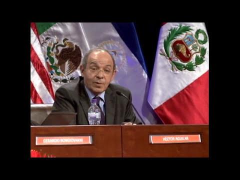 Panel sobre la guerra contra las drogas en Seminario Internacional de FIL