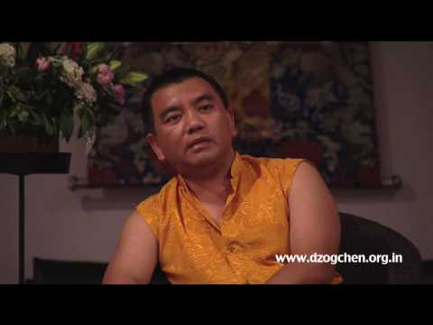 Dzogchen Rinpoche explains that when we follow the magical display of mind, we become its slave, trapped within our thoughts. Our negative habits towards others occur effortlessly but being kind and helpful becomes a challenge, taking real effort.