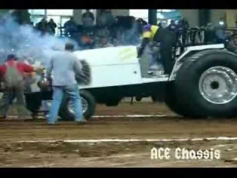Tractor Pull Crashes