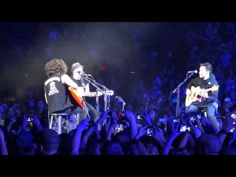 Fall Out Boy - Im Like a Lawyer with the Way Im Always... Acoustic...