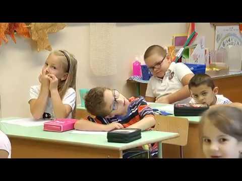 Hajdúnánási Televízió: 1260 kisdiák kezdte meg a tanévet a város általános iskoláiban 2017.09.08.