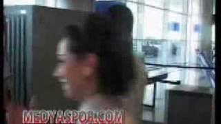 Airport   Kontroll  جان مردم از کنترل فرودگاه به لب می رسد.