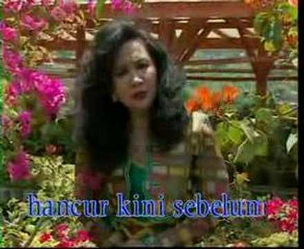 Tetty Kadi - Layu Sebelum Berkembang video