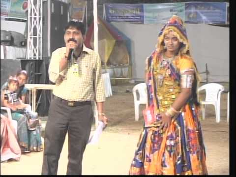 Vikram Thakor - Mamta Soni Gujarati Garba Songs - 2012 - Day 10 - Part 27 video