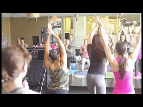 ABC News films Jen Pastiloff's karaoke yoga® class