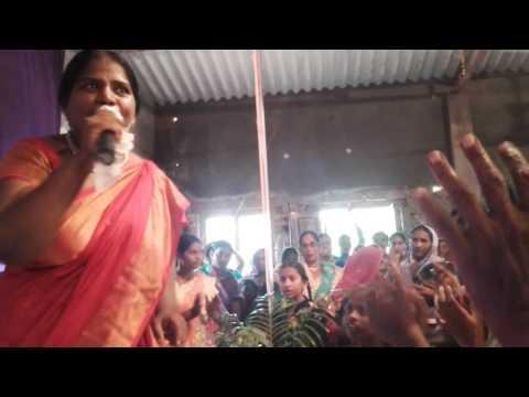 Sis. Prasanna Benhar worship In Yesayyasannidhi Ministries