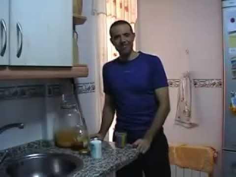 Remedio para la tos. Miel  limón y bicarbonato para el dolor de garganta