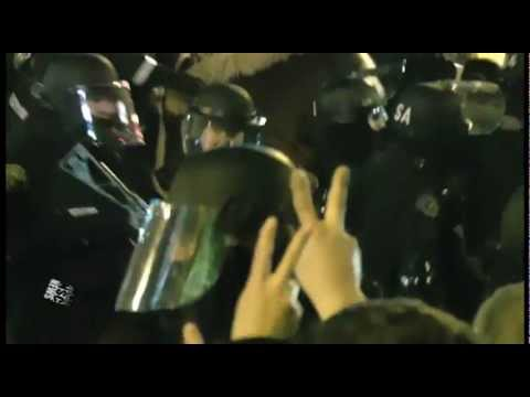 Occupy Portland Eviction, Police Horses Charge Crowd, Firecrackers and Pallets Thrown Back