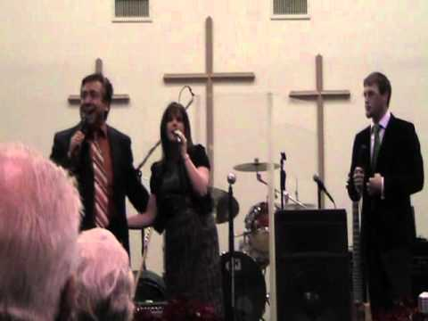 The Jonathans Sing Here Comes The Bride video
