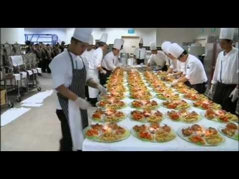 Marina Bay Sands 24/7: Banquet Kings