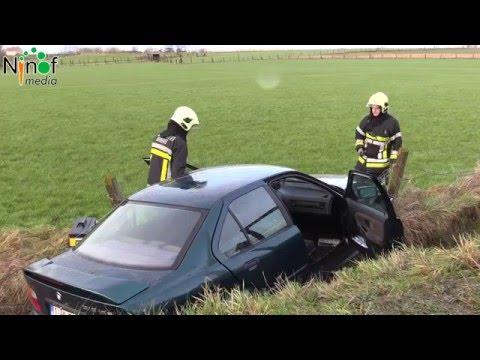 Auto belandt in weide langs de Brakelsesteenweg.