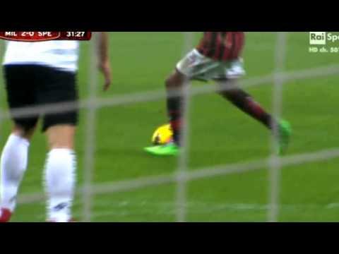Giampaolo Pazzini Great Goal ~ AC Milan vs Spezia 2 0  Coppa Italia  HD