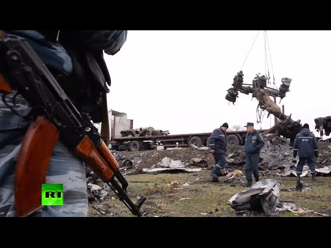 RAW: Recovery of MH17 flight debris underway in E. Ukraine