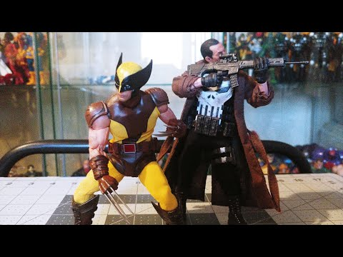Mezco one:12 collective Wolverine brown and tan (regular release vr)