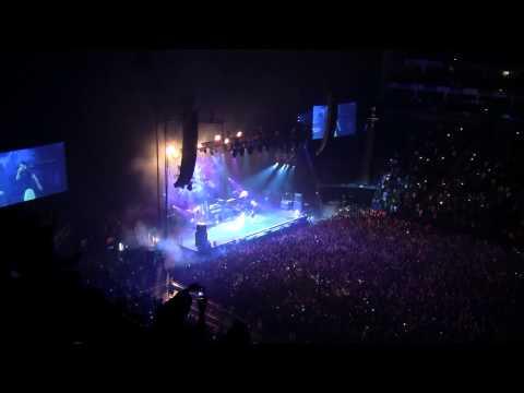 "J COLE - ""Wet Dreams"" Live  at London O2 Arena (May 18th, 2015)"