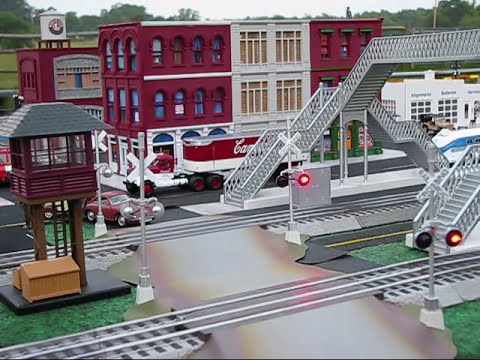 Outdoor O-scale Model Trains.wmv