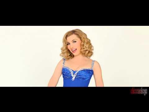 Milly Carlucci compie 60 anni, da Miss Teenager a regina della tv italiana