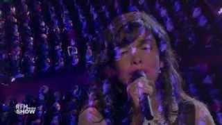 Indila Tourner dans le vide Live RFM Music Show
