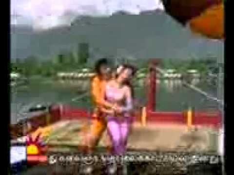 Oruvar Meethu Oruvar Sainthu MGR   YouTube