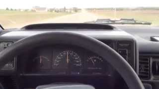 1993 Plymouth Voyager (Cold start and acceleration)