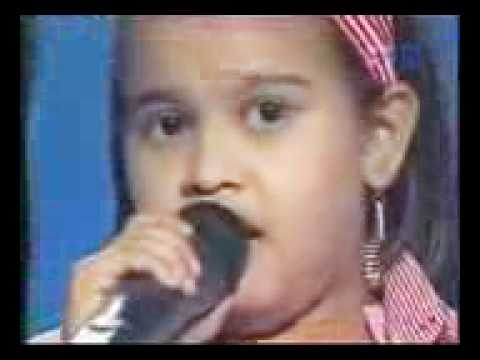 Mansi Singing Namak Ishq ka in chote ustad-15th december.3GP...