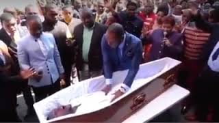 South African Pastor Alph Lukau raises 'dead man': Watch the man's resurrection video