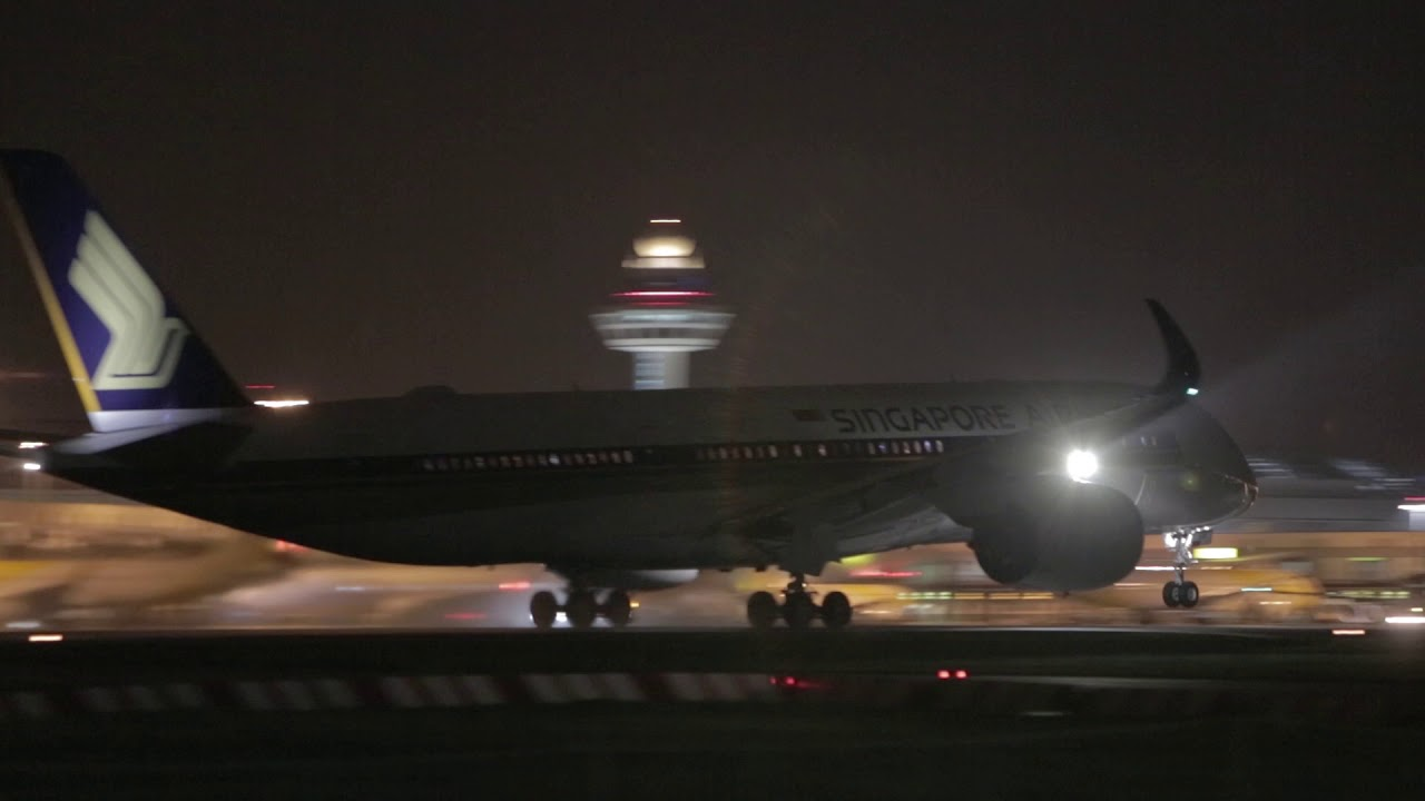 Word's longest flight departs for Newark LIberty International Airport