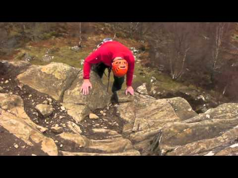 Glenmore Lodge - How to trad climb