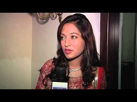 Preetika Rao's Mujhko Pehchan Lo video