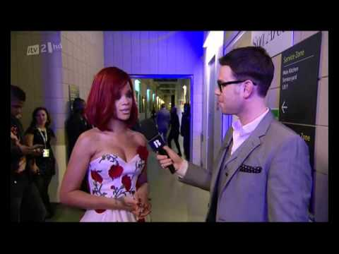 Rihanna - Brit Awards 2011 - Backstage Interview (HQ)