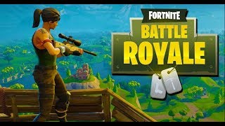 FREE FORTNITE MOBILE CODES - PLAYING FORTNITE BATTLE ROYAL LIVE ON PHONE !
