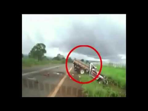 Brazil: Truck overturns several times in an accident, Caught on Camera! DRIVER ALIVE!