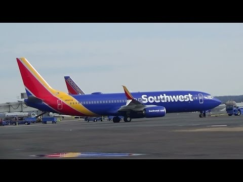 Southwest Airlines New Livery and Scimitars at DCA