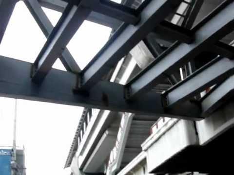 タイ バンコク BTSパヤタイ駅の下からSRT・Airport link・・・駅へ