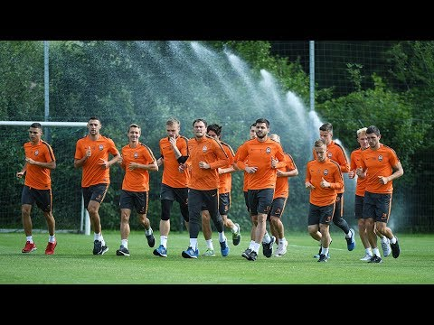 Shakhtar's first training session in Germany