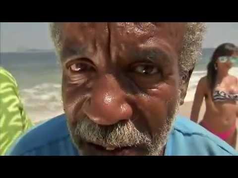 Pânico na Band - Ursinho Gente Fina comanda a praia - 01/04/2012 (PARTE 1)