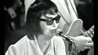 Watch Roy Orbison Bridge Over Troubled Water video