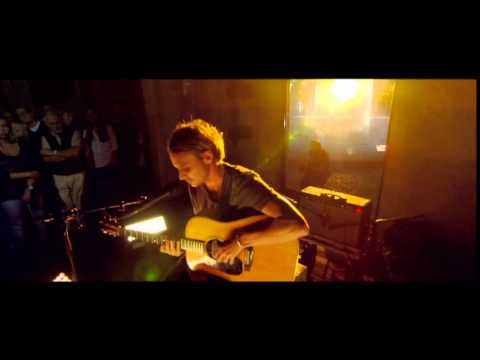 Ben Howard - Small Things (live) video