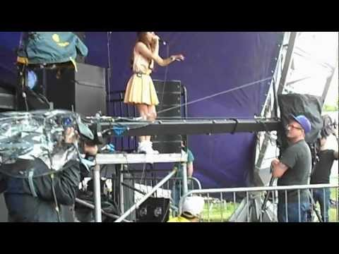 Lana Del Rey - National Anthem @ LOVEBOX Festival 17/06/2012