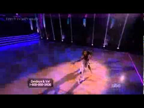 Zendaya Coleman & Val  SuperSize Freestyle - DWTS 16 Finals