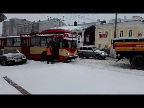 Снегопад в Кирове. 20 апреля 2017 г.