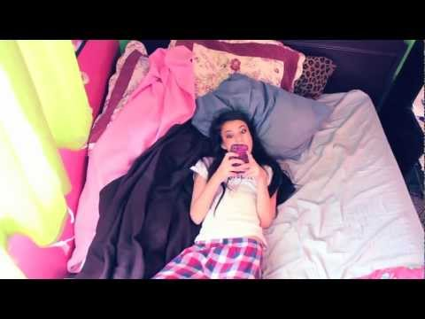 Avril Lavigne - What The Hell cover by Sabrina Vaz