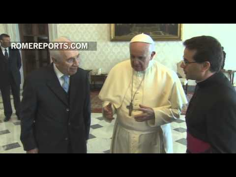 Pope meets with Former Israeli President, Shimon Peres, in the Vatican
