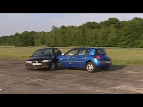 Renault Megane Smash - Top Gear - BBC