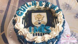 Confeitando bolo mêsversario - ursinho príncipe