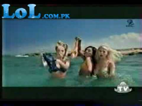 Very Funny and Sexy Video Clip in Beach